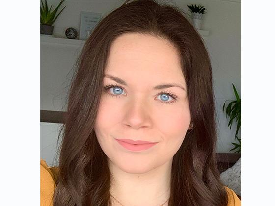 Kristin Bandura, Reiseverkehrkauffrau